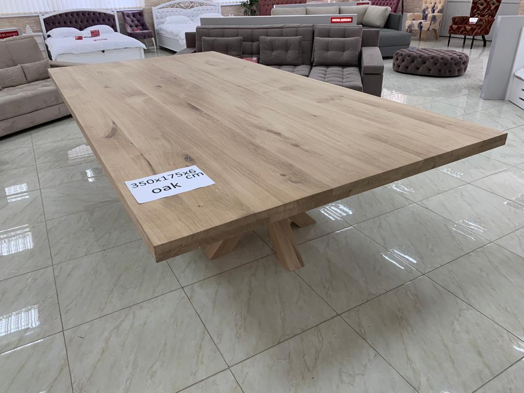 Eiken tafel groot